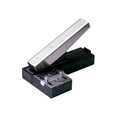 Ponchador de escritorio para tarjetas